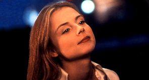 """En 1997, """"La Femme défendue"""" crée la surprise à Cannes..."""