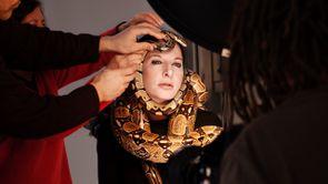 """Matthew Akers : """"J'avais des doutes sur la pratique de la performance artistique."""""""