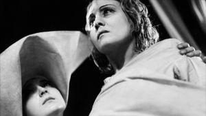 Les Misérables, Partie 1 : Une tempête sous un crâne