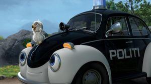 Pelle de politiewagen rijdt weer uit